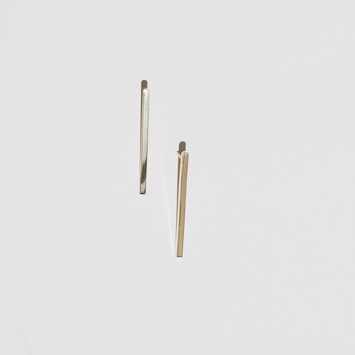 simple line gold earrings