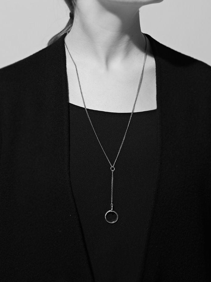 circle simple necklace