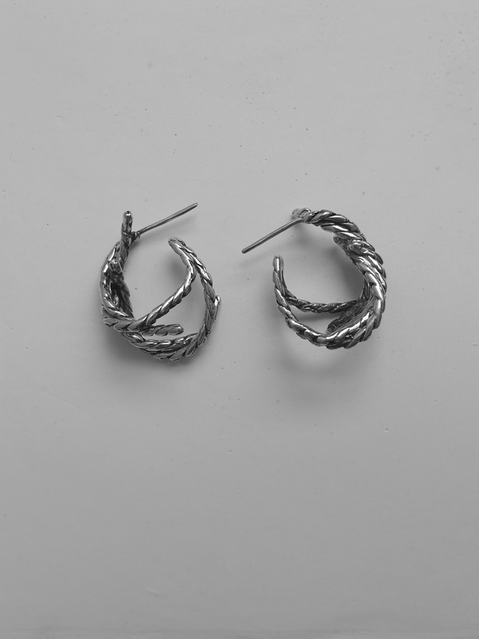 knot knot silver earrings
