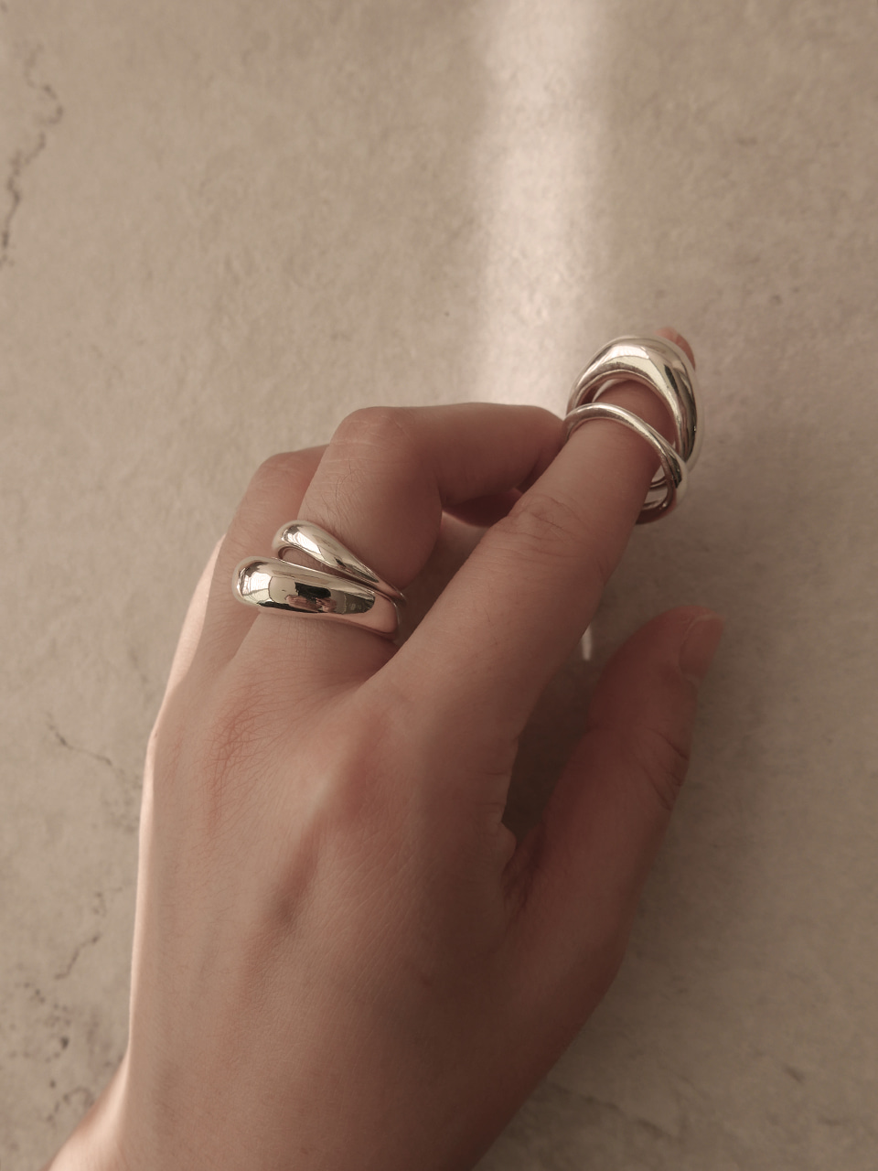 Bold wave layered rings