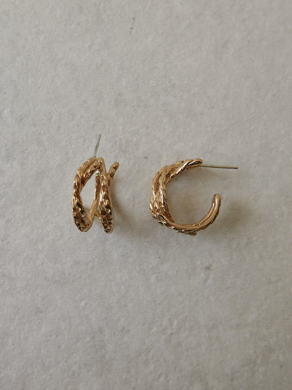 knot gold tone earrings